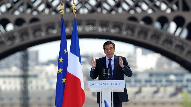 Les centristes retirent leur soutien à Fillon — Présidentielle française