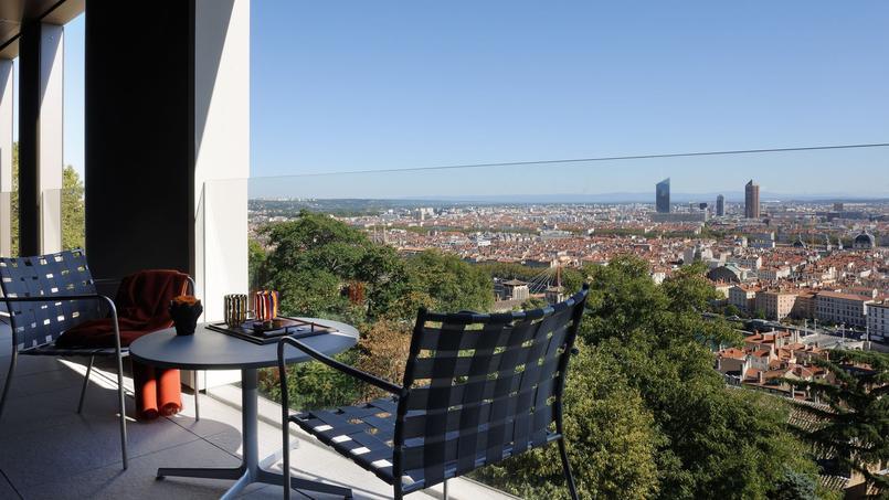 Depuis l'hôtel, vue panoramique sur la capitale des Gaules.