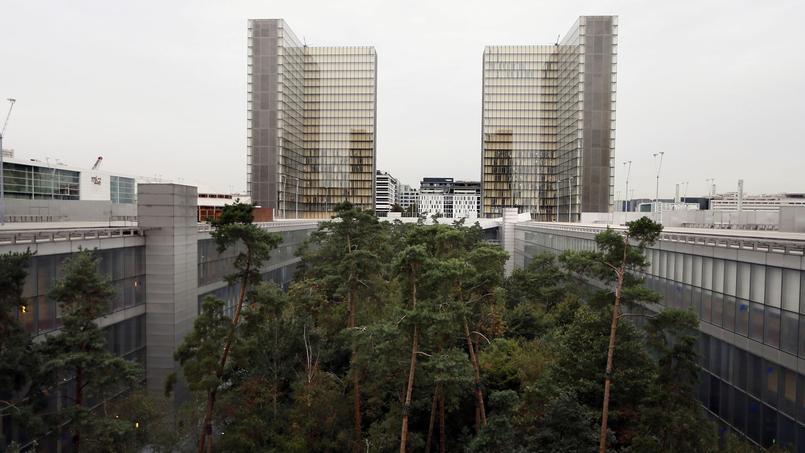 La bibliothèque François Mitterrand se divise en quatre bâtiments.