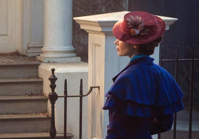 Première image d'Emily Blunt — Mary Poppins Returns