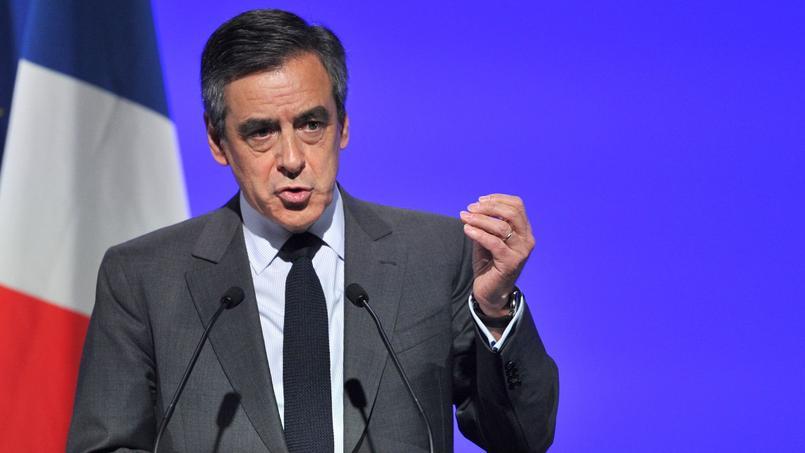 4000 personnes, selon les organisateurs, ont accueilli le député de Paris en scandant: «François, la France a besoin de toi.»
