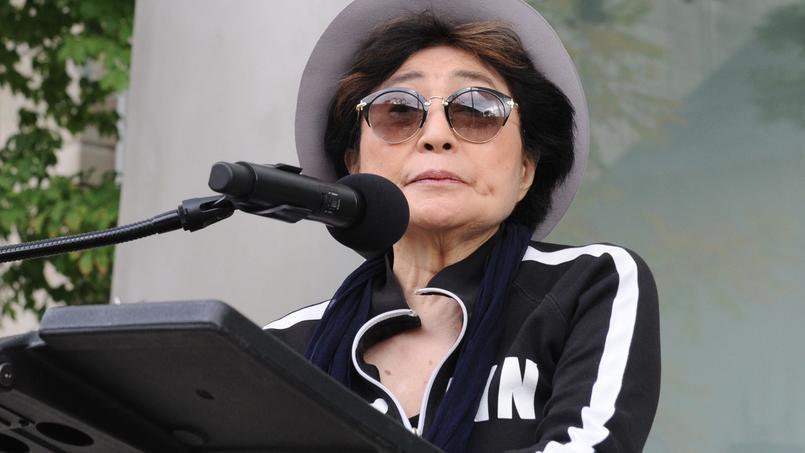 Son état de santé inquiétant — Yoko Ono