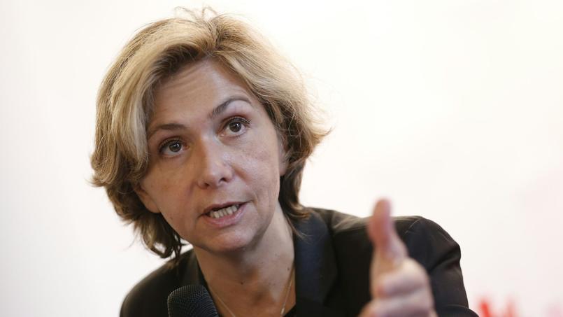 Valérie Pécresse dit «assumer» la clause-Molière, obligeant les travailleurs détachés à parler exclusivement le français.