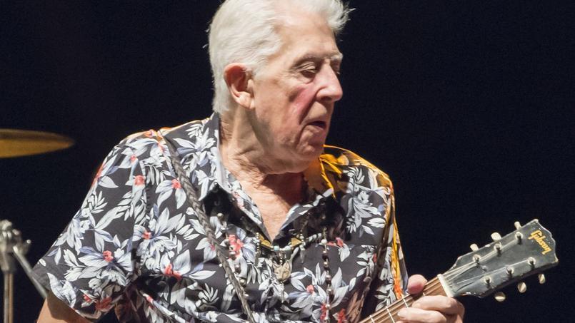 À 83 ans, John Mayall vient d'enregistrer unnouvel album, Talk About That, solide et inspiré.