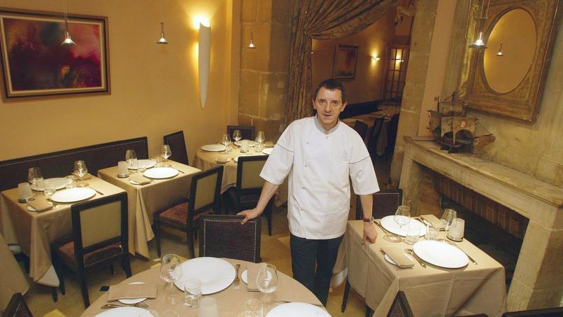 Le chef Michel del Burgo dans son restaurant l'Orangerie à Paris le 02/10/06