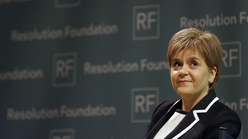 Nicola Sturgeon, la première ministre de l'Écosse, a annoncé lundi son souhait d'organiser un nouveau référendum sur l'indépendance avant la sortie du Royaume-Uni de l'UE.