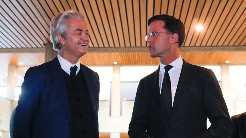 Geert Wilders, leader de l'extrême droite néerlandaise et Mark Rutte, premier ministre de droite. Les deux hommes sont les principaux adversaires de ces législatives.