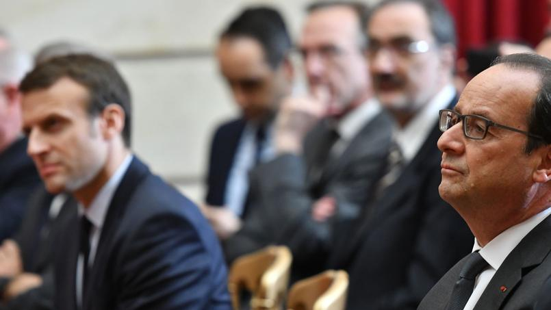 Emmanuel Macron et François Hollande à Paris, le 24 mai 2016.