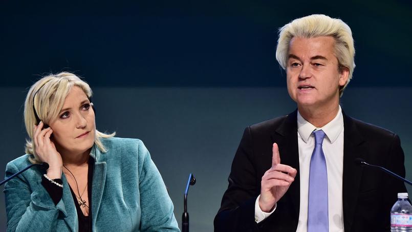 Marine Le Pen et Geert Wilders à Milan lors d'un Congrès de l'Europe des nations en janvier 2016. Ils sont officiellement alliés depuis 2014.