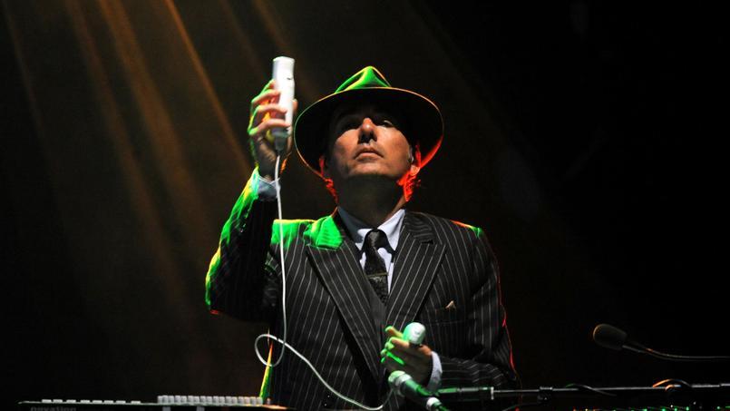 Le chanteur Philippe Cohen Solal s'est vu offrir une carte blanche pour une création artistique dans un hôtel particulier de l'île Saint-Louis.