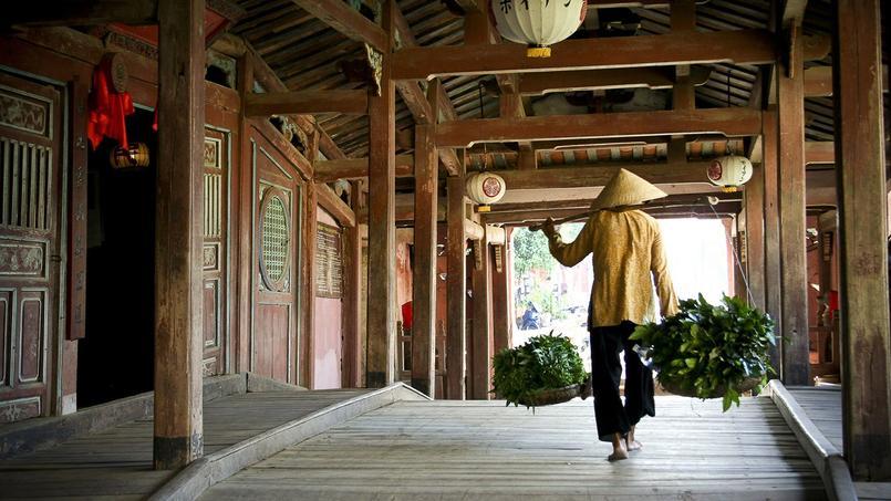 Bâti en 1593, le pont enjambant un bras du fleuve Thu Bon est le plus vieil édificede Hoi An.