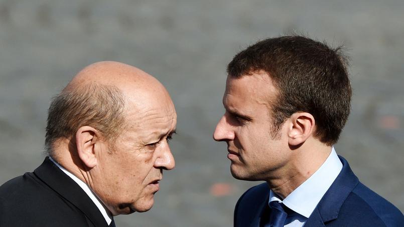 Comment Le Drian va rallier Macron