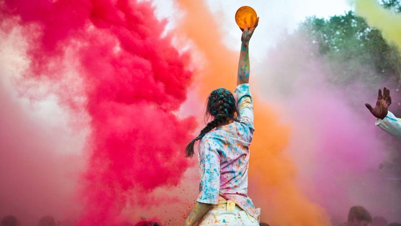 La fête indienne des couleurs, «Holi», au Jardin d'Acclimatation (Paris XVIe).