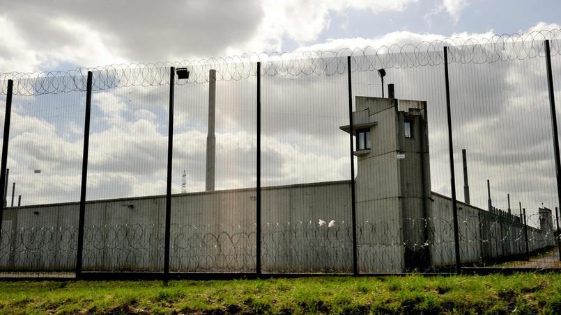 La prison de Sequedin. Xavier Sauvignet, pour Jean-Luc Mélenchon, a plaidé sans concession pour «une décroissance carcérale».