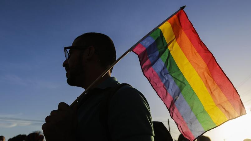 YouTube doit s'expliquer sur les restrictions imposées — Contenus LGBTQ