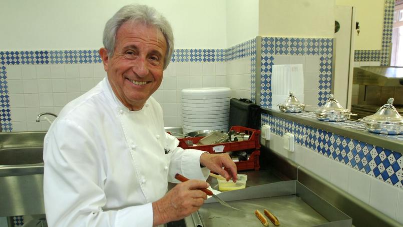 Michel Guérard abandonne la capitale, en 1972, pour rejoindre sa future femme, Christine, à Eugénie-les-Bains, devenu temple de la cuisine minceur et du bonheur de vivre.