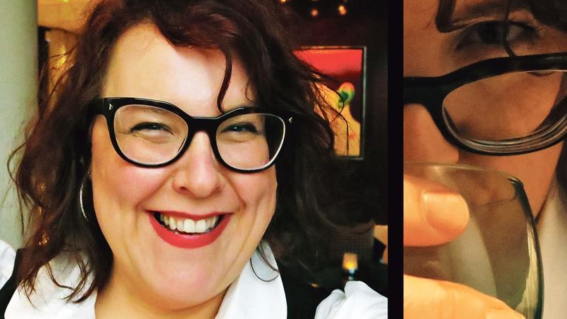 Selfie de Marie-Nicole Lemieux au bar du Park Hyatt Vendôme (Paris IIe).