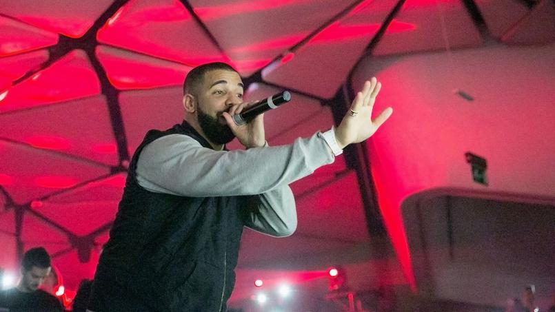 Le chanteur canadien bat le record de l'album le plus entendu en une seule journée avec 61 millions d'écoutes.