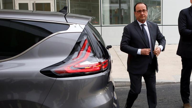 «La France, elle est plus forte qu'il y a cinq ans»: le monde parallèle de François Hollande
