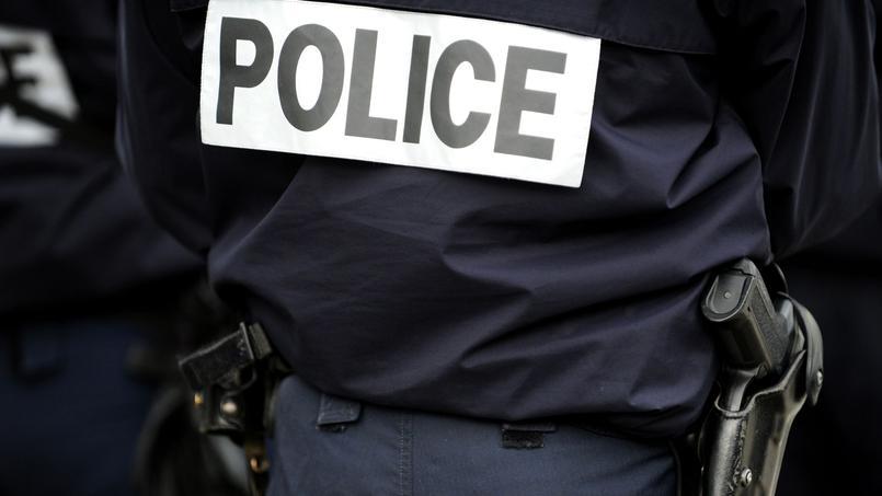 Un policier abat un homme qui avait agressé son collégue — Paris