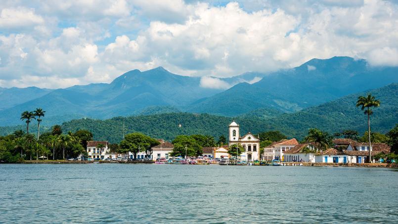 Le petit port de Paraty sur la Costa Verde, inscrit au patrimoine mondial de l'Unesco.