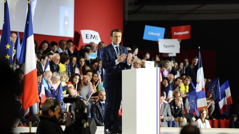 Emmanuel Macron, en meeting à Marseille