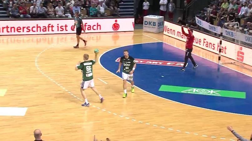 Handball : le but contre son camp le plus ridicule de l'histoire