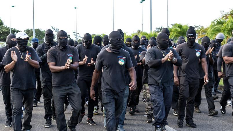 Les manifestants quittent le centre spatial de Kourou — Guyane