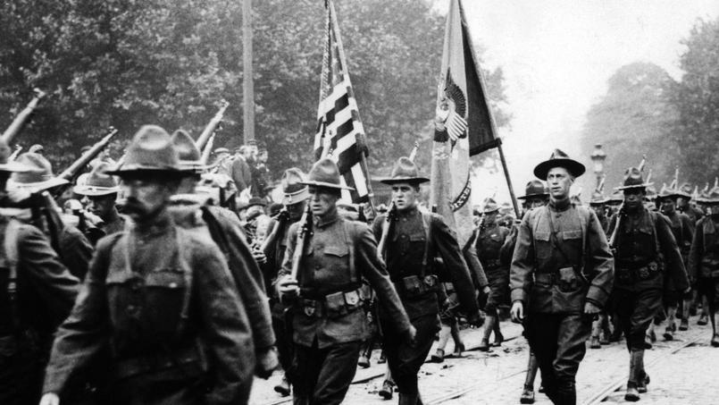 Première Guerre mondiale: les troupes américaines en marche vers Paris en 1917.