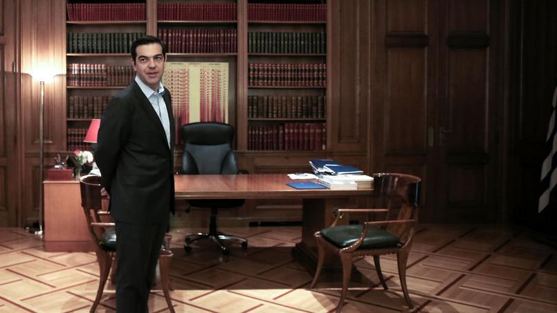 Alexis Tsipras, le premier ministre grec, dans son bureau à Athènes.
