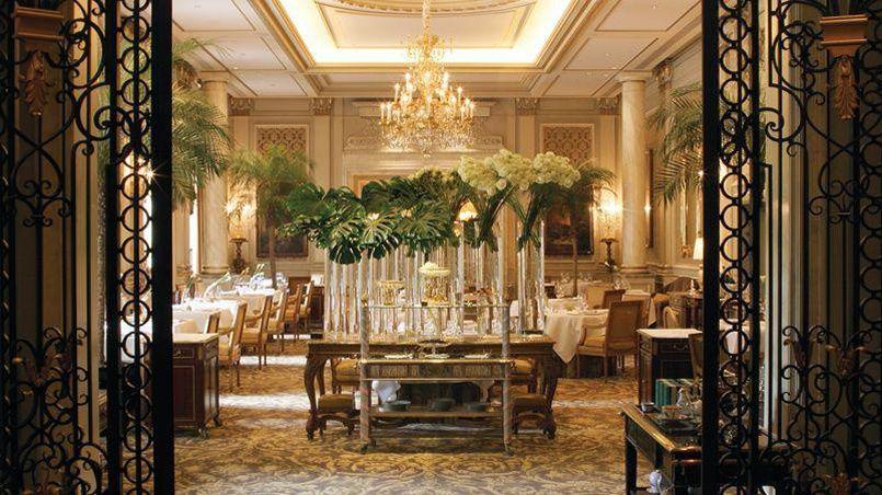 Le Cinq, restaurant trois étoiles Michelin de l'hôtel George V (Paris VIIIe).