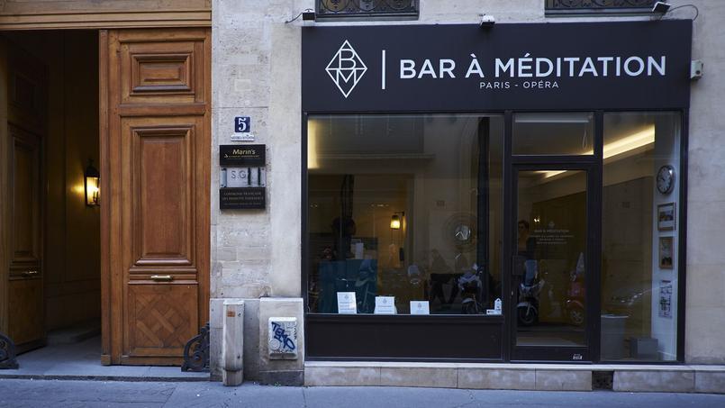 Le Bar à Méditation, situé dans le quartier Opéra à Paris, propose des séances zen et anti-stress de 30 minutes chrono.