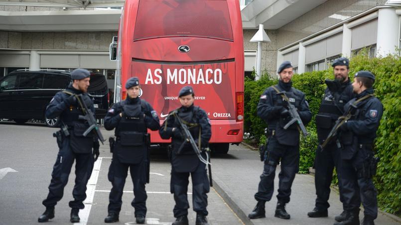 Mercredi, à Dortmund, le bus et l'hôtel de l'équipe monégasque étaient sous protection renforcée.