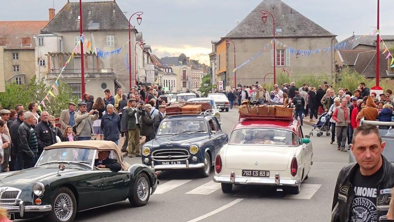 De beaux embouteillages d'ancêtres, comme sur les routes des années 1950 et 1960, sont à prévoir dans les villes et villages participants à la manifestation.