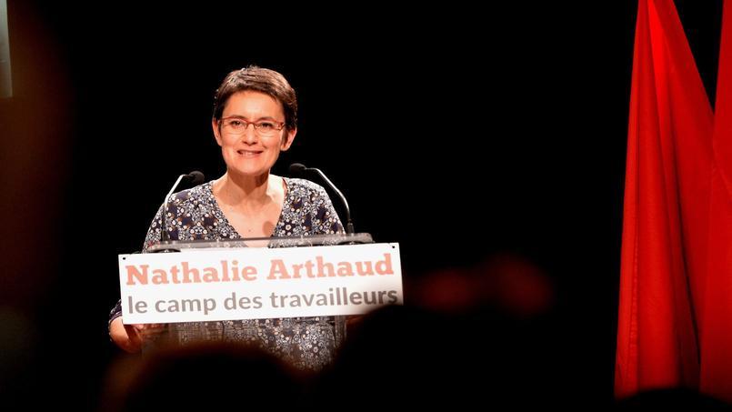 Nathalie Arthaud, en meeting à Lyon