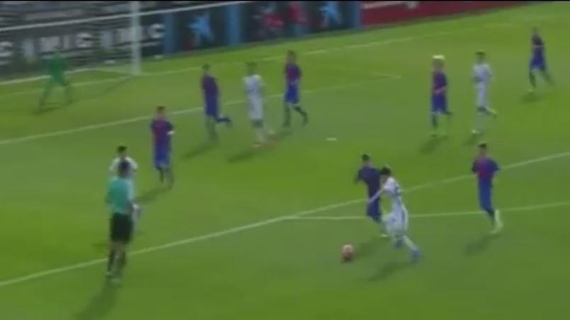 Elyaz Zidane, sous les couleurs du Real Madrid (U12) au moment de tirer. Source: Capture d'écran
