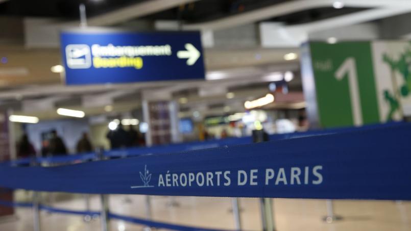 L'enquête de l'association de consommation place les aéroports de Paris-Orly et de Paris-Charles-de-Gaulle (Paris-CDG) à la 29e place et 31e place sur 32