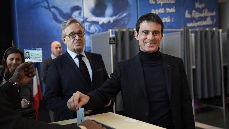 Manuel Valls et son successeur à la mairie d'Évry Francis Chouat.