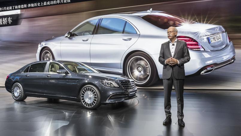 La nouvelle Classe S a été présentée à Shanghaï par Dieter Zetsche, le président de Daimler et patron de Mercedes-Benz. Les grandes berlines allemandes sont toujours appréciées sur le marché chinois.