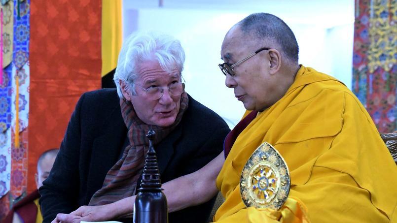 L'acteur Richard Gere a avoué au magazine The Hollywood reporter que sa position en faveur du Tibet lui a coûté plusieurs rôles au cinéma.