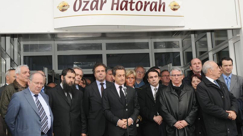 Nicolas Sarkozy, le 19 mars 2012, après l'attaque de l'école juive de Toulouse Ozar Hatorah par Mohamed Merah.