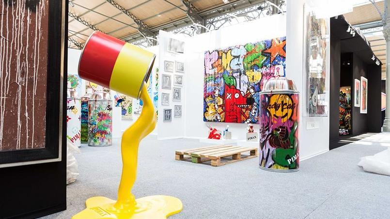 Le stand de la galerie Bel-Air Fine Art, visible à l'Urban Art Fair au Carreau du Temple (IIIe).