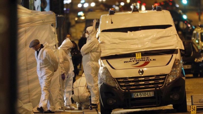 La police sur les lieux de l'attentat.