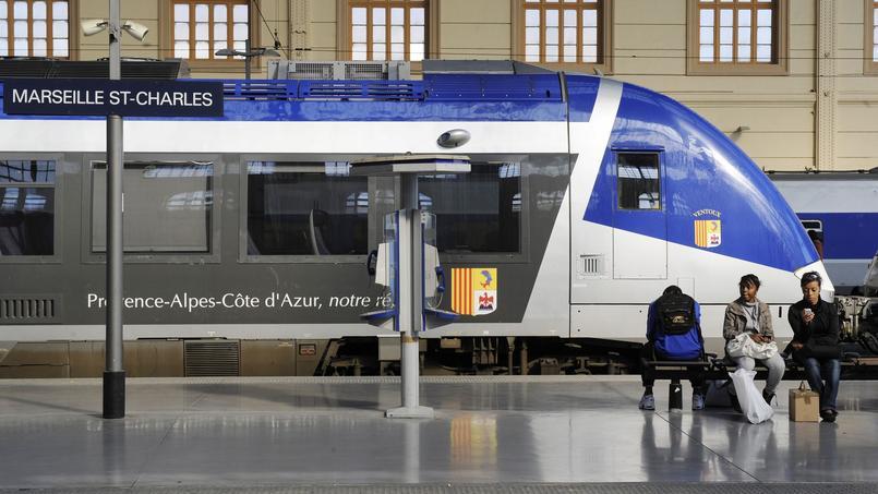Les TER arrivent moins souvent à l'heure et sont plus souvent annulés au dernier moment en région Provence-Alpes-Côtes d'Azur par rapport aux autres régions, d'après les données publiées par la SNCF.