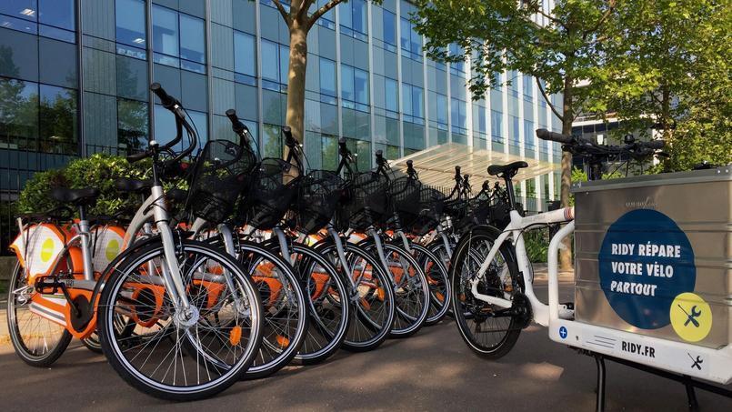 Vélo en libre service, réparation de vélo à domicile, vélo-école... tout un écosystème se crée pour les cyclistes de demain.