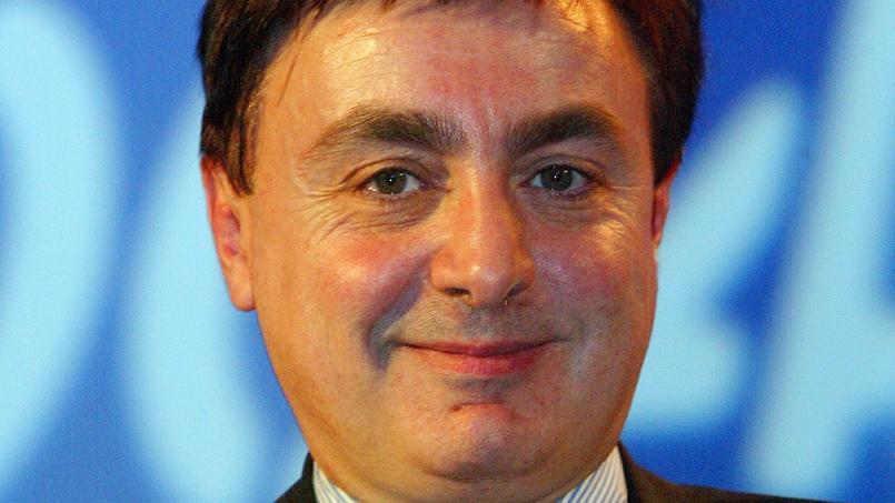 Jean-François Jalkh, président intérimaire du FN, tout à droite sur la photo