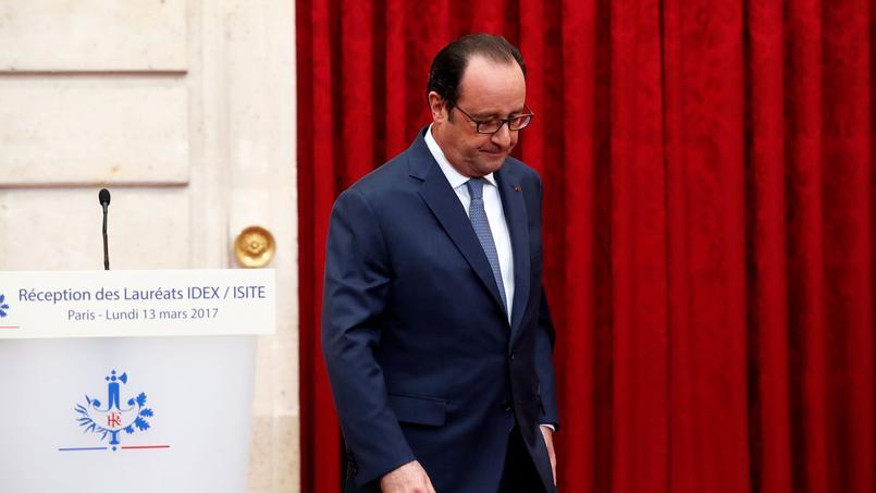FRANCE 2017-Macron porte plainte contre X pour faux et fausses nouvelles