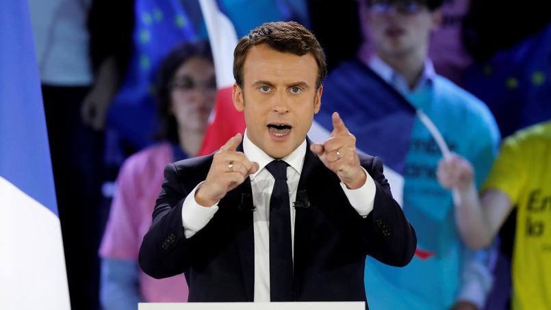 Emmanuel Macron en meeting à la Villette, le 1er mai 2017 à Paris.