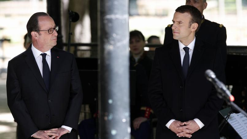 François Hollande devant le monument de la mémoire de l'esclavage en 2016.