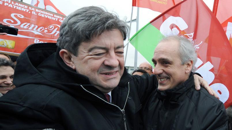 Jean-Luc Mélenchon et Philippe Poutou, en 2012, lors d'une manifestation d'employés de Safoni à Toulouse.